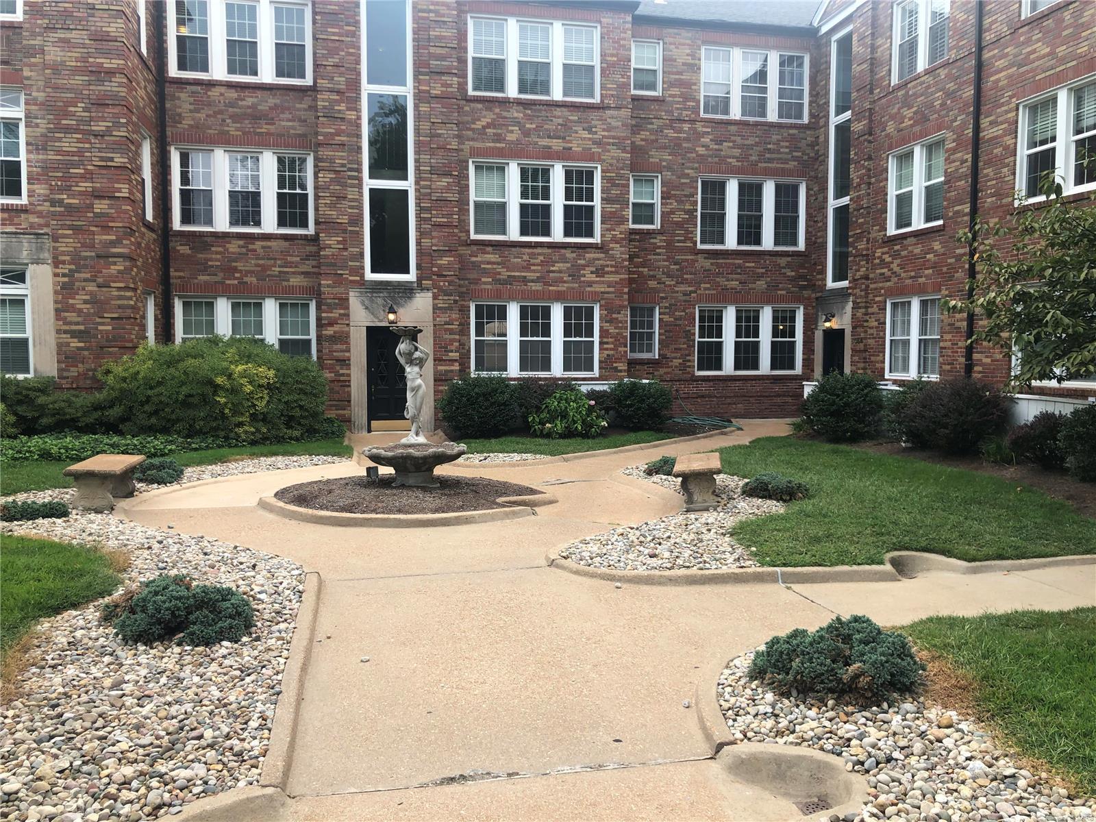 8054 Davis #80541N Property Photo - St Louis, MO real estate listing