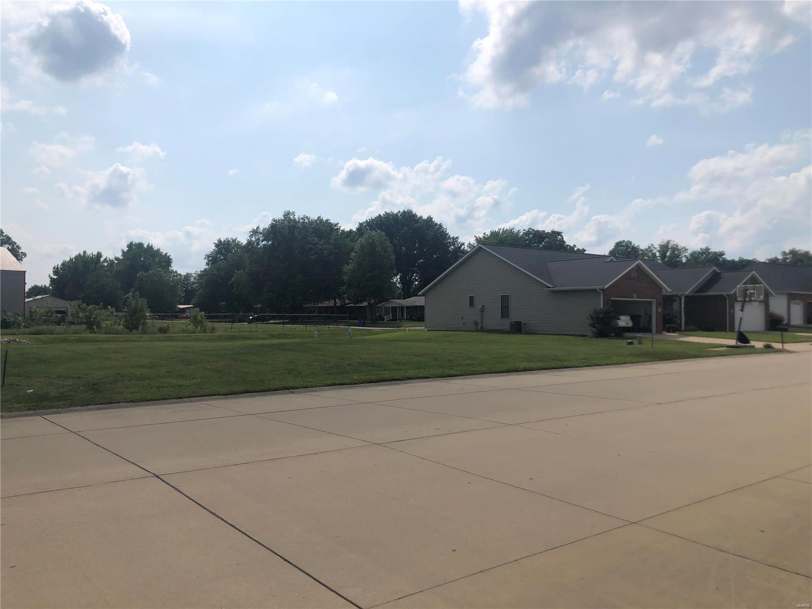 1205 E Cedar Street Property Photo - New Baden, IL real estate listing