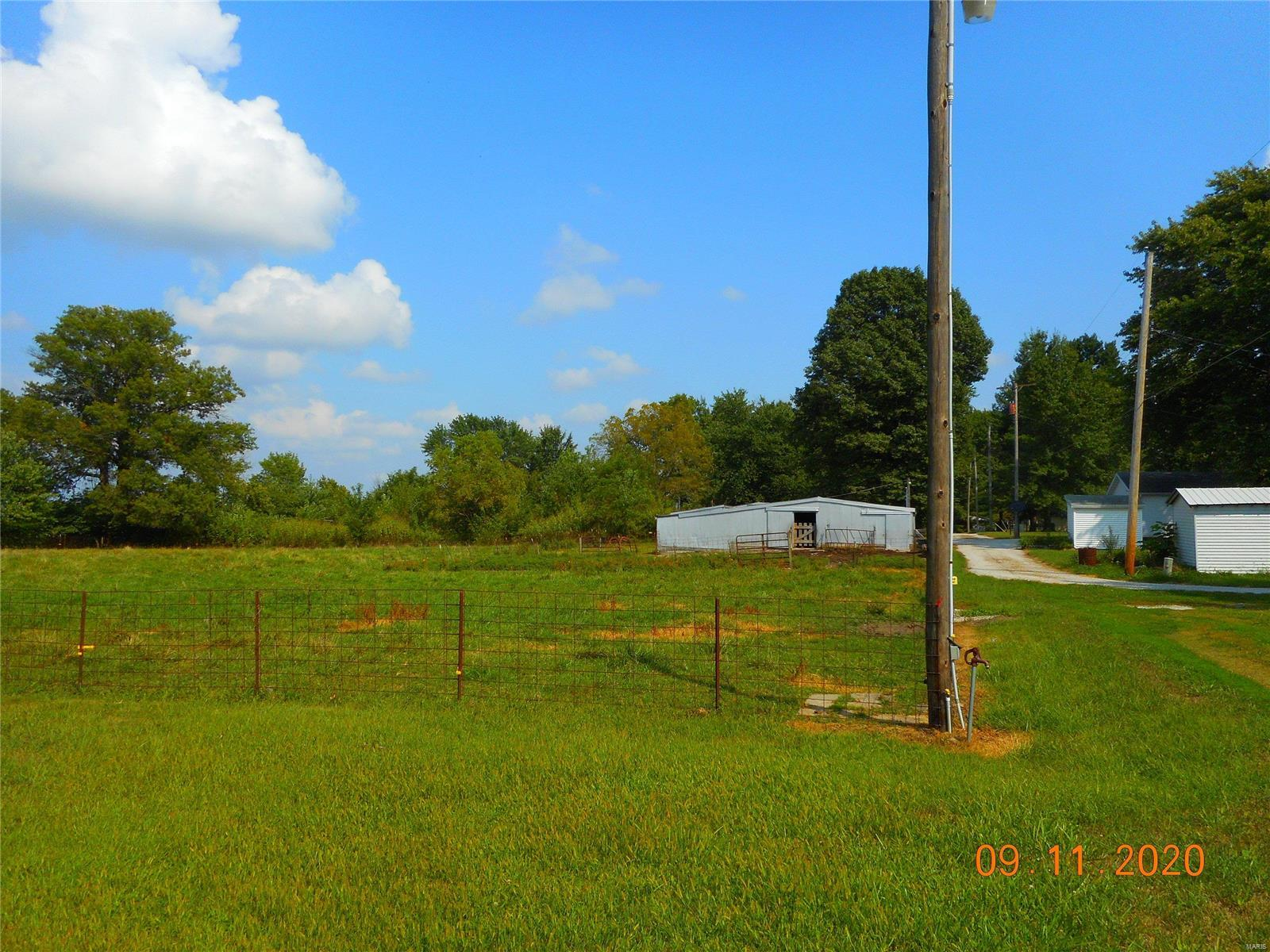 0 N End Of Elm Property Photo - Nokomis, IL real estate listing