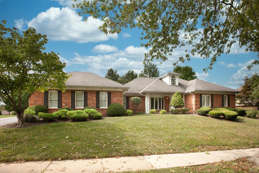 17807 Argonne Estates Property Photo - Florissant, MO real estate listing