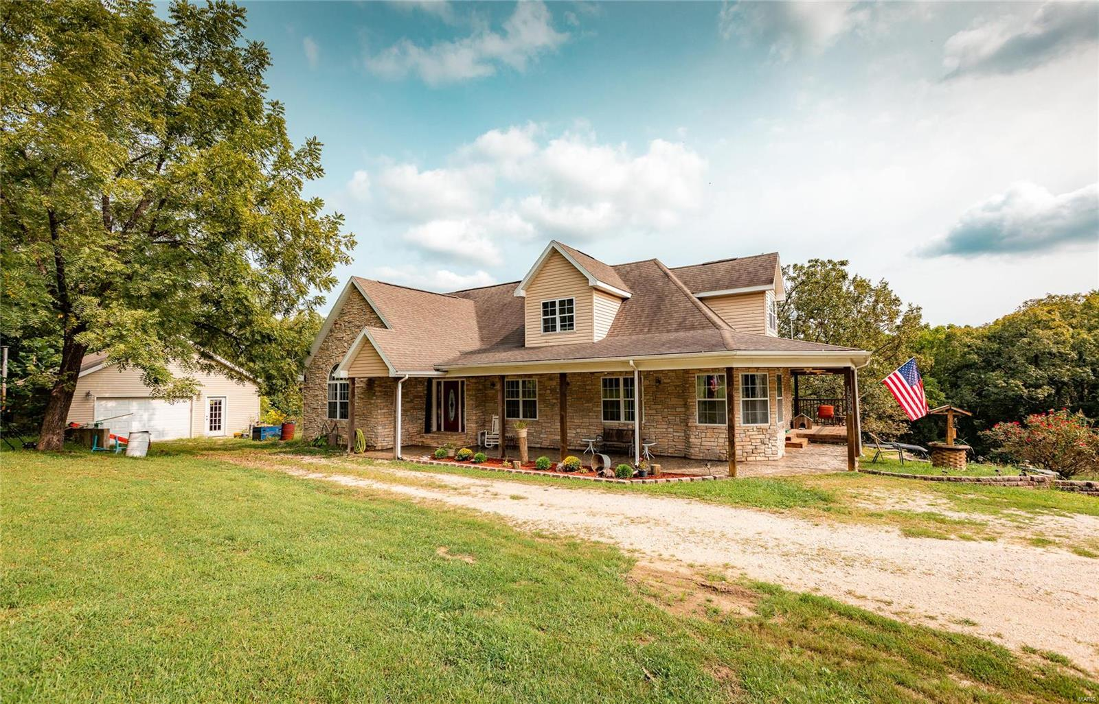 15996 Beaufort Road Property Photo - Crocker, MO real estate listing