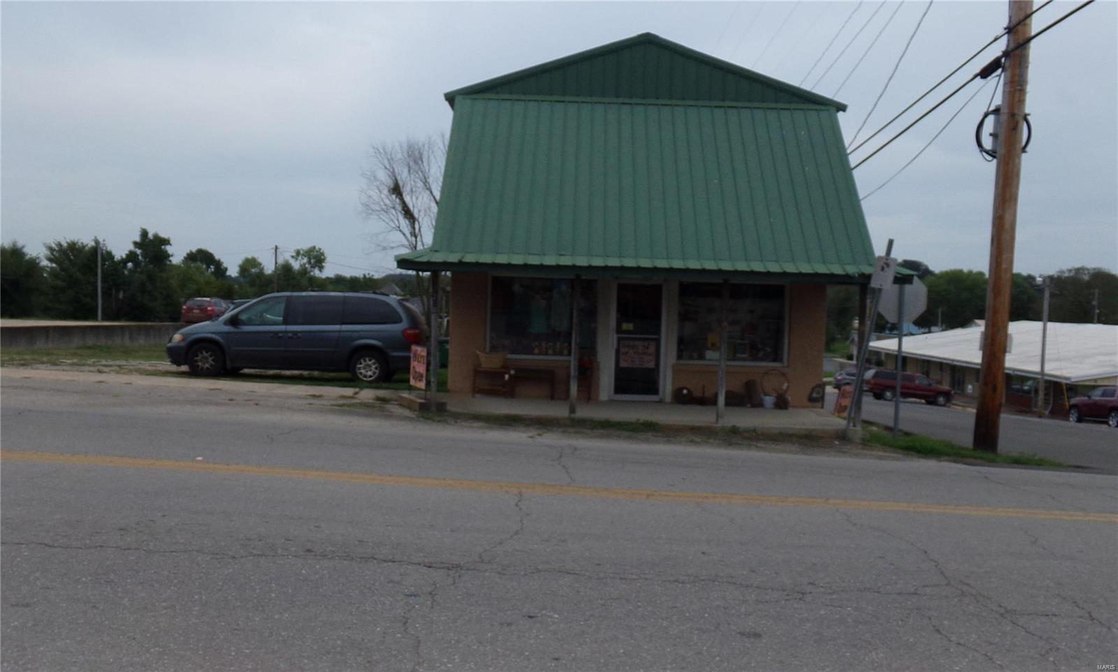 210 S Main Avenue Property Photo - Hartville, MO real estate listing