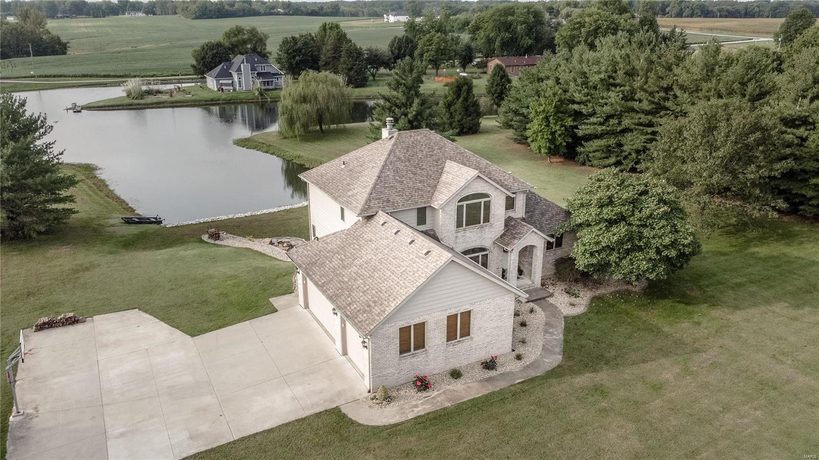 8318 Waters Edge Property Photo - Edwardsville, IL real estate listing