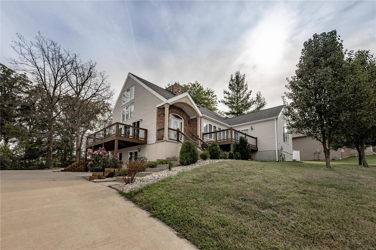 464 Legacy Lane Property Photo - Villa Ridge, MO real estate listing