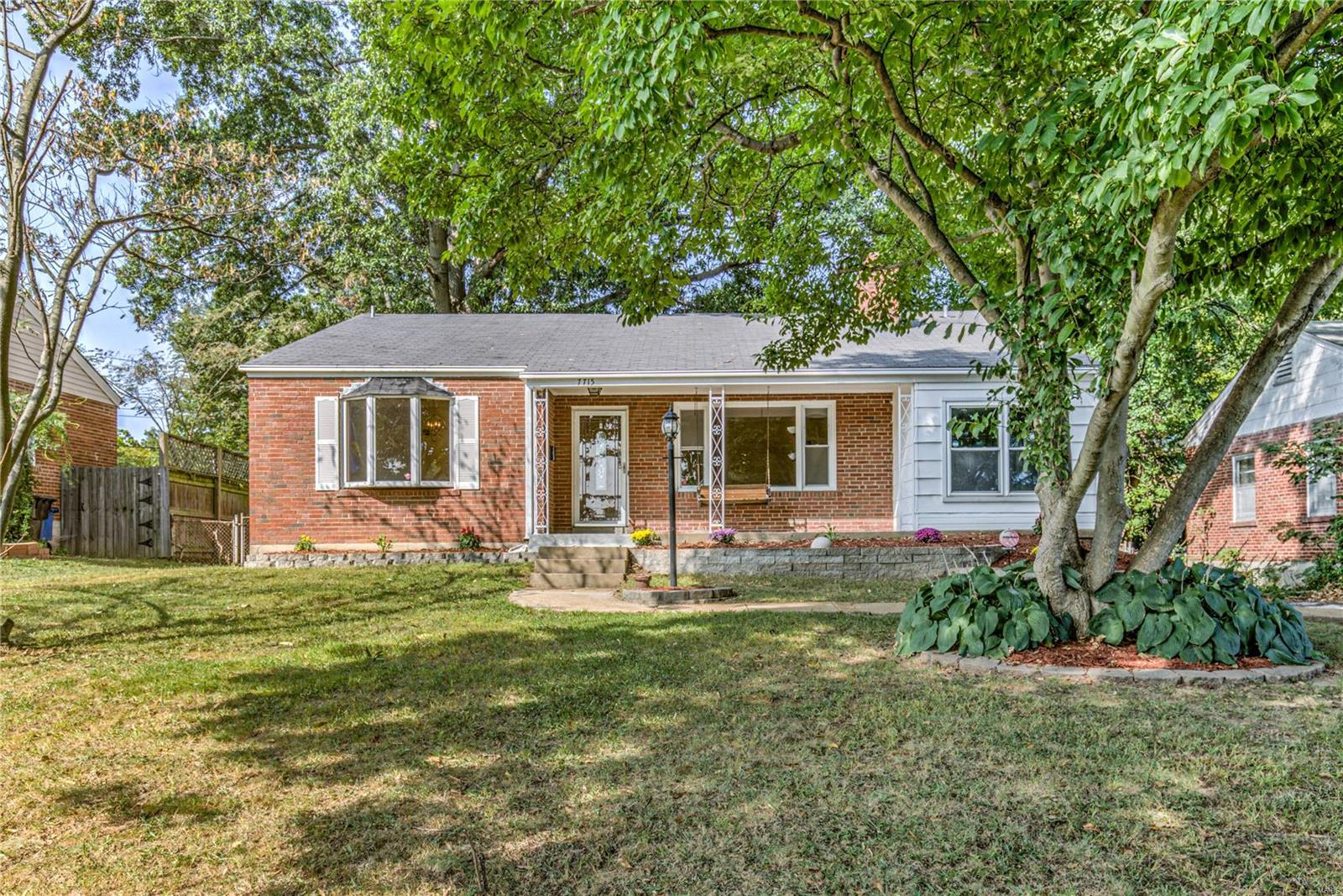 7715 Blackberry Avenue Property Photo - University City, MO real estate listing