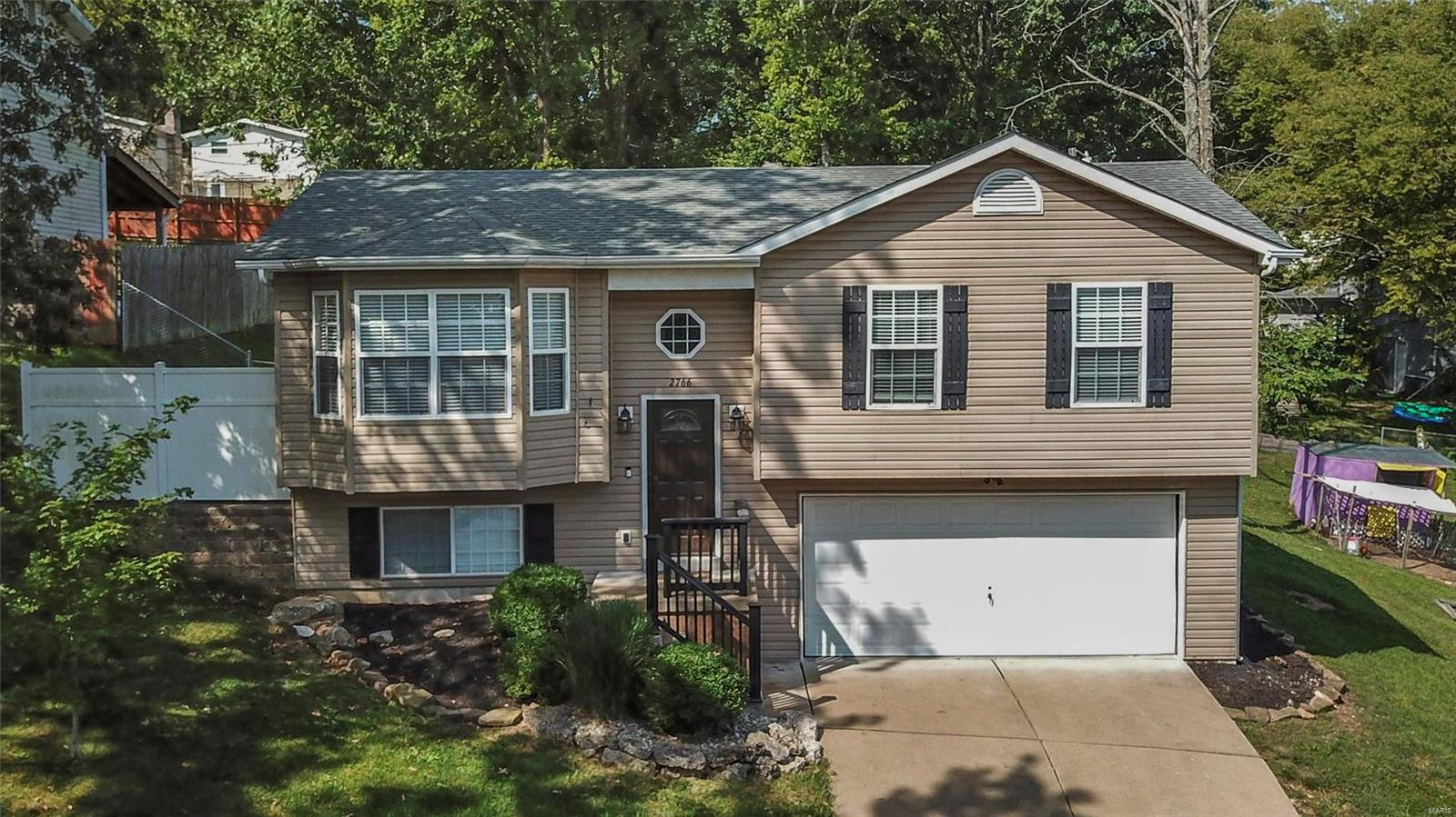 2766 Harmony Hills Drive Property Photo - Arnold, MO real estate listing