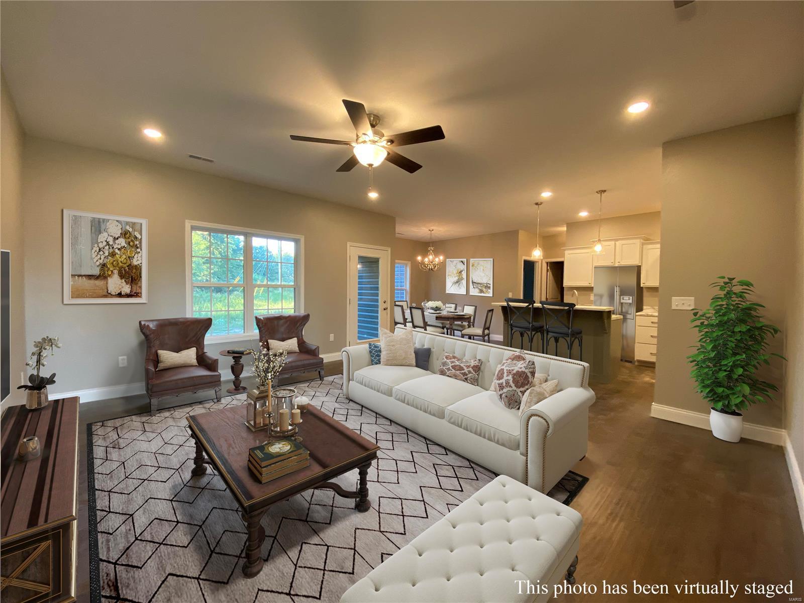 1014 E Donna Drive Property Photo - Poplar Bluff, MO real estate listing