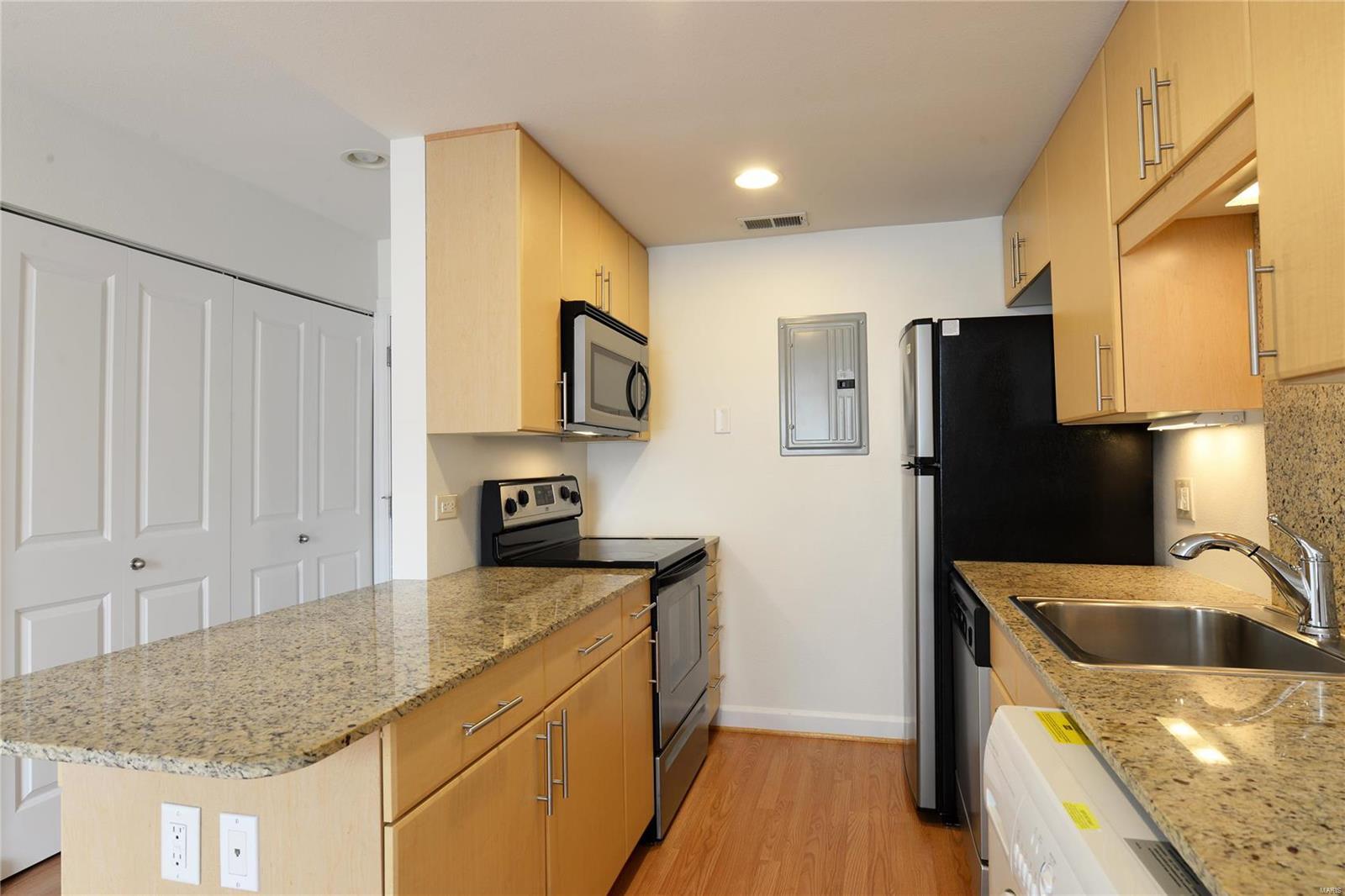 5696 Kingsbury Avenue #105 Property Photo