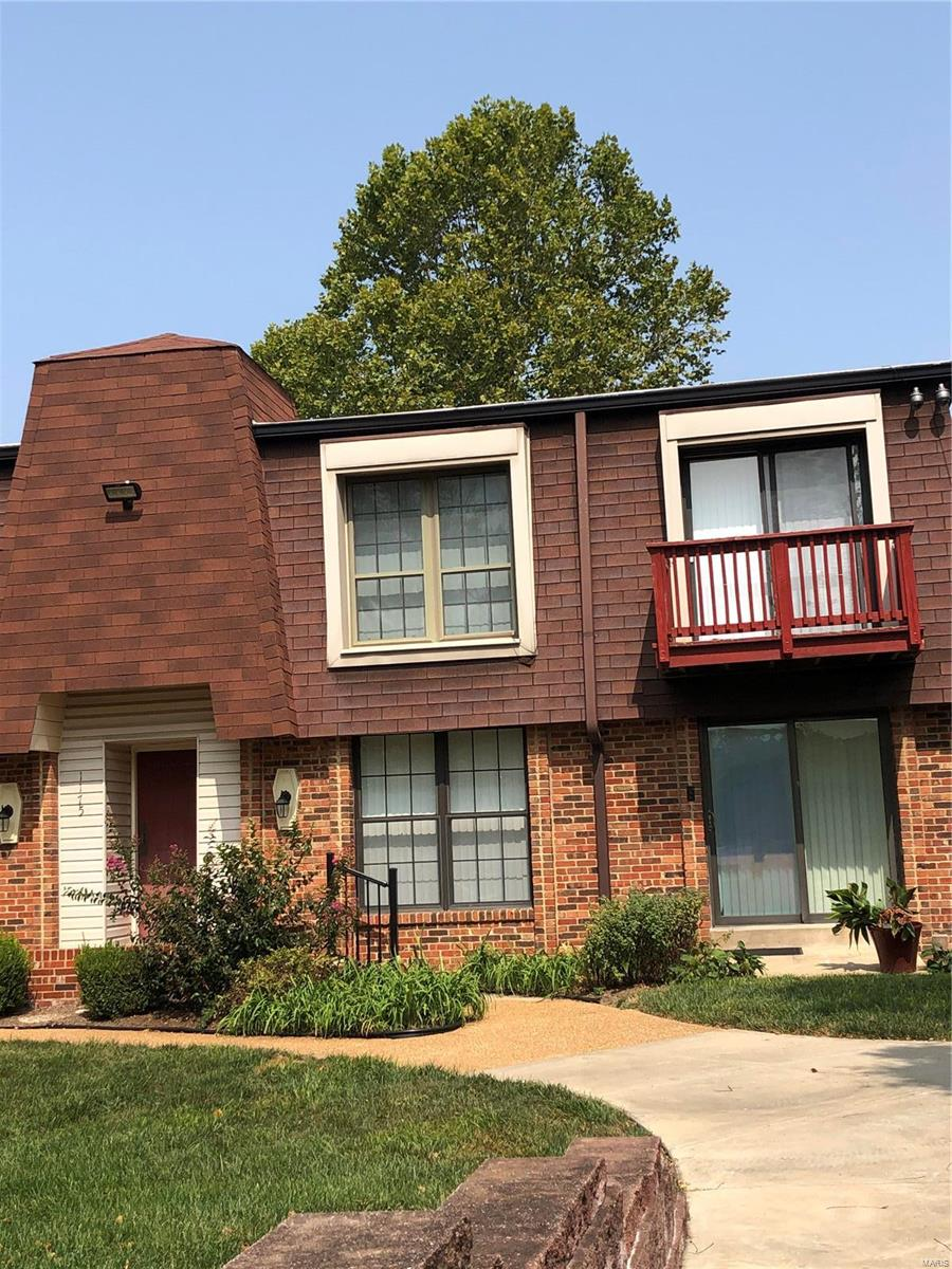 1175 Appleseed #D Property Photo - St Louis, MO real estate listing