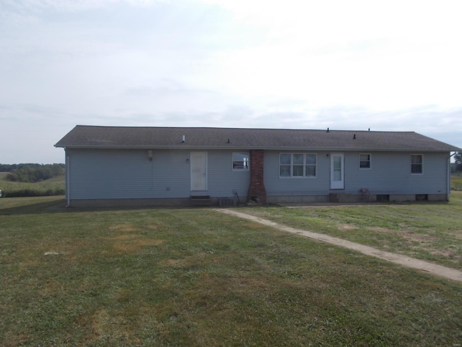 179 Roseme Road Property Photo - Ava, IL real estate listing