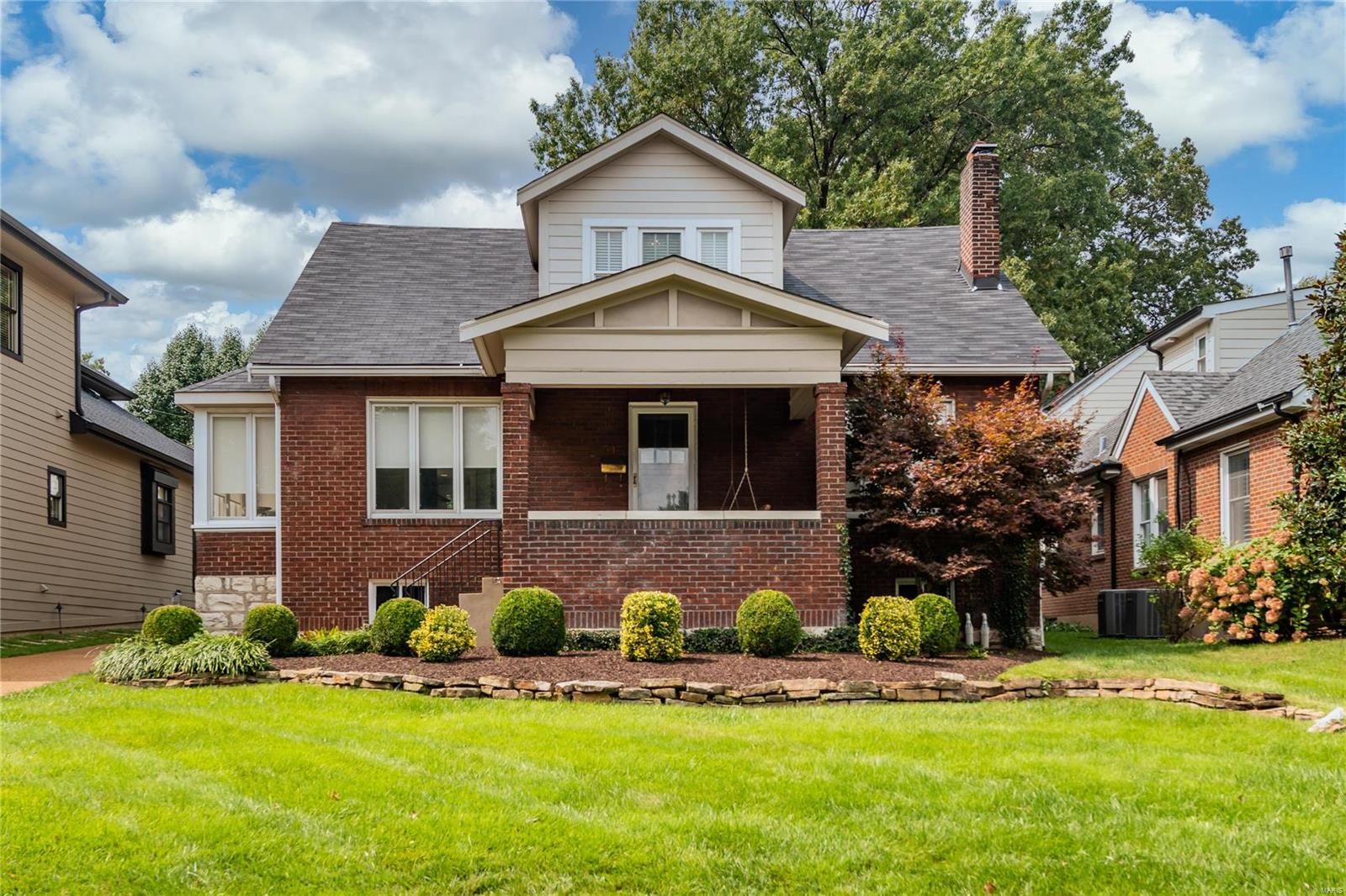 515 West Drive Property Photo - University City, MO real estate listing