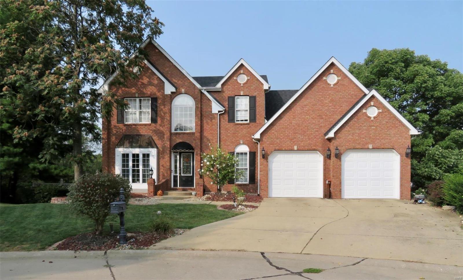 2724 Lakebridge Court Property Photo - Maryville, IL real estate listing