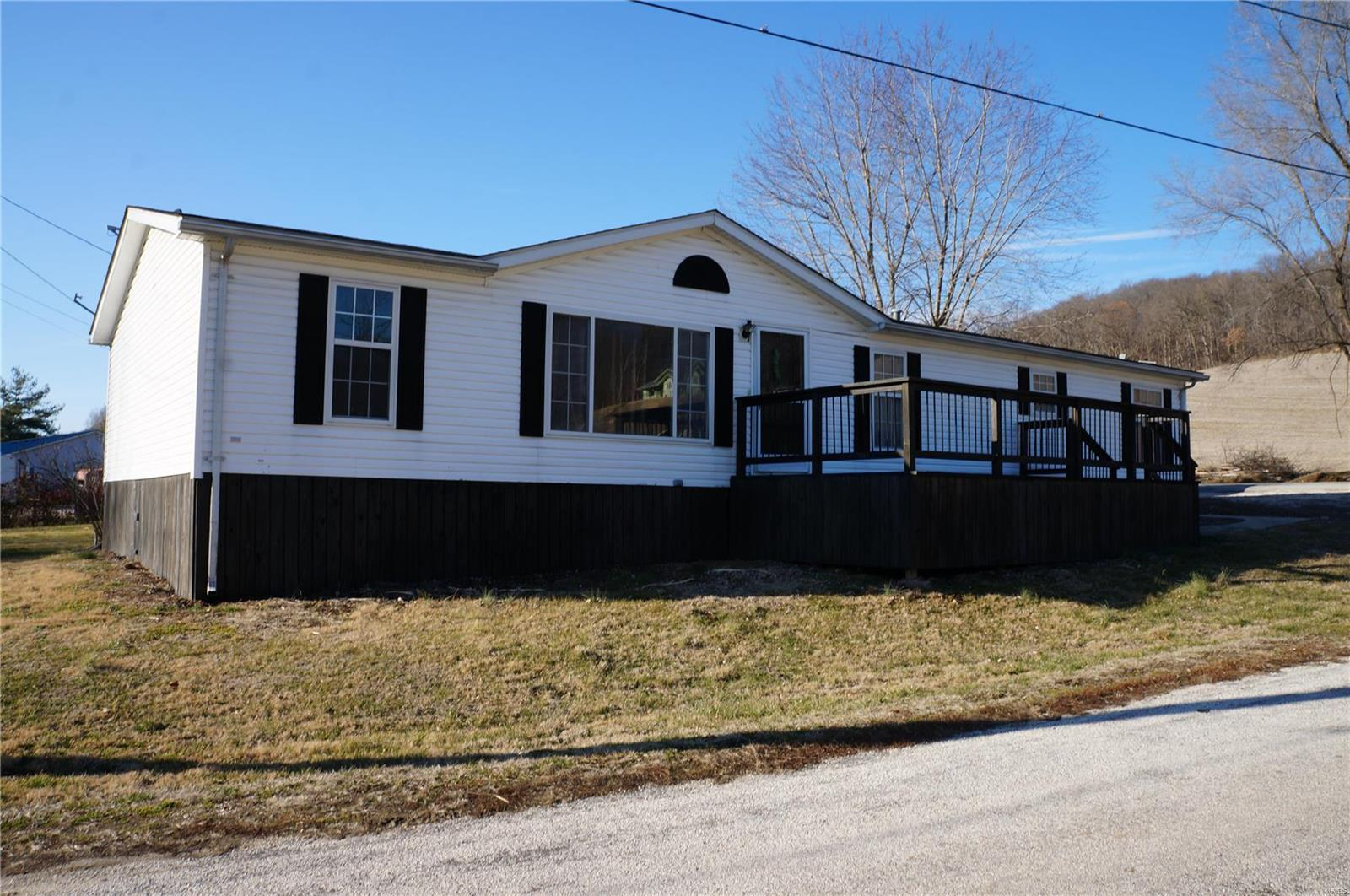 401 Davis Street Property Photo - Hardin, IL real estate listing