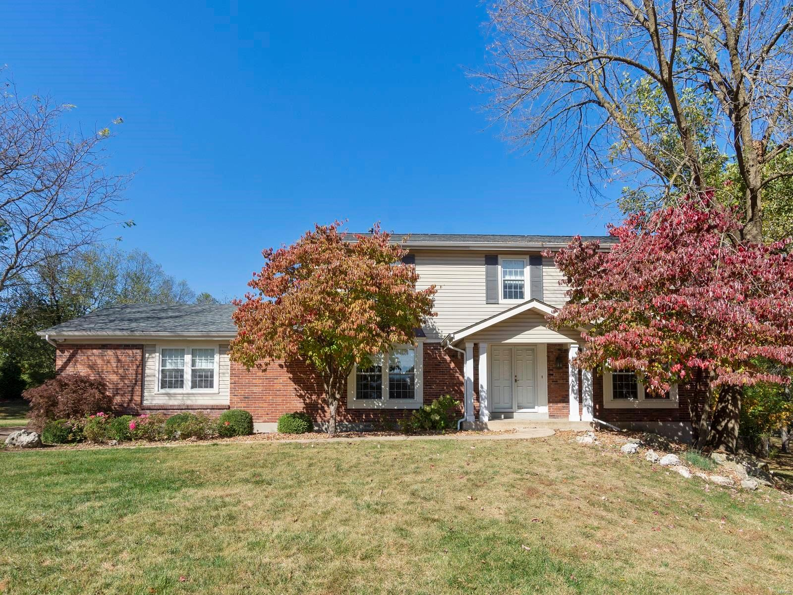 12637 Conway Club Ct. Property Photo - Creve Coeur, MO real estate listing