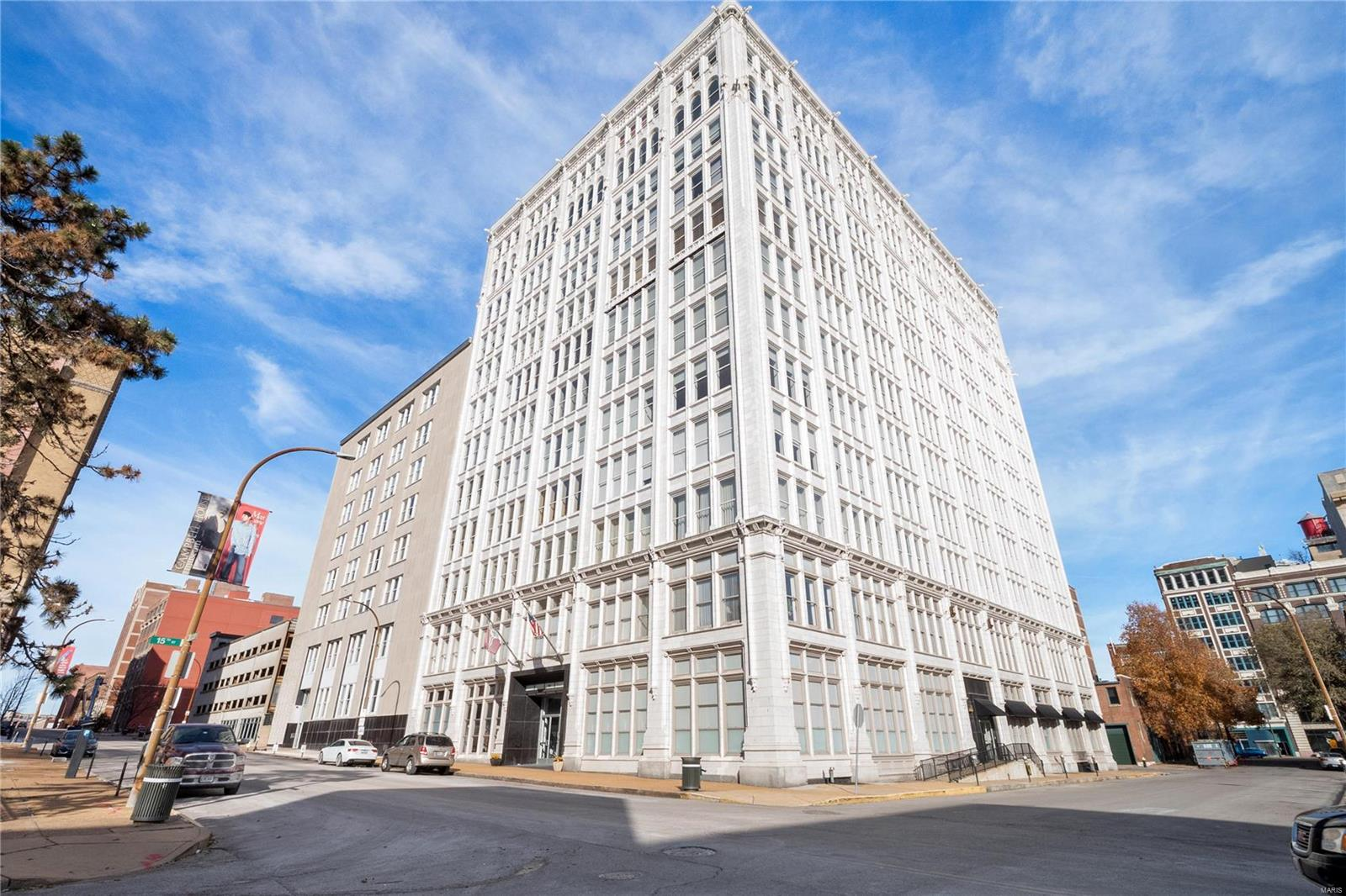 1501 Locust Street #1004 Property Photo - St Louis, MO real estate listing