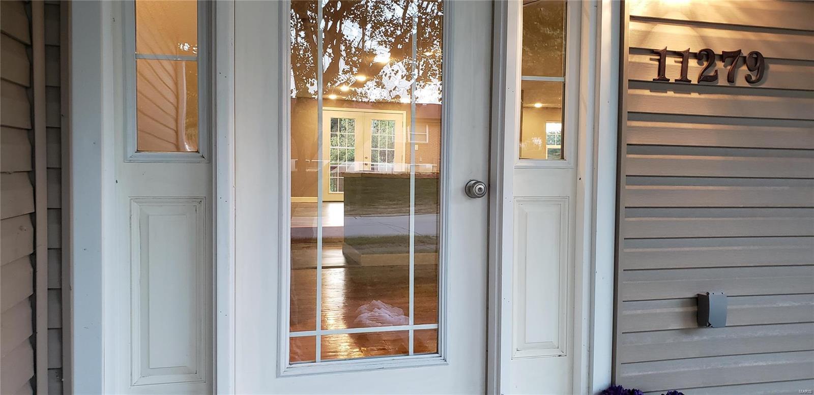 11279 Prentice Drive Property Photo - Florissant, MO real estate listing