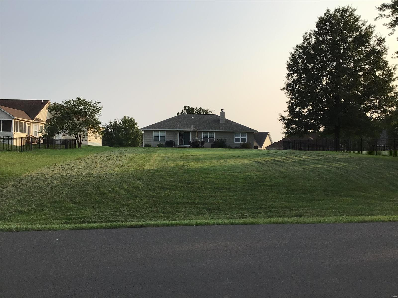 44 Hawthorne Drive Property Photo - Foristell, MO real estate listing