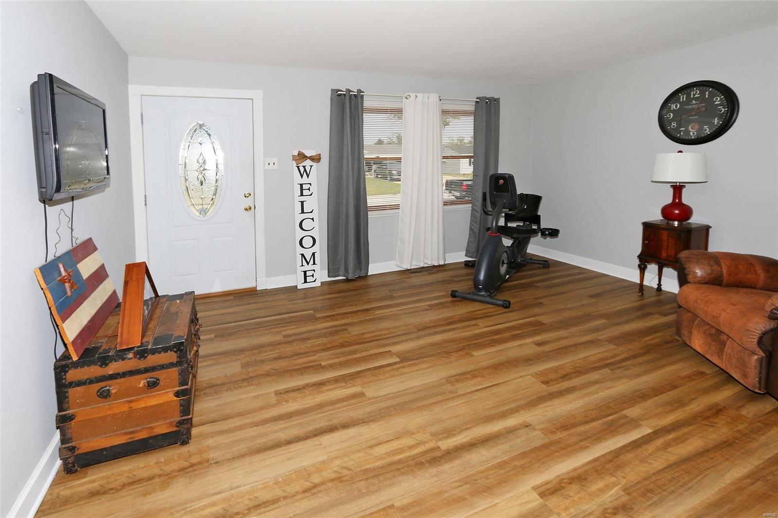 206 Briscoe Avenue Property Photo - O'Fallon, MO real estate listing