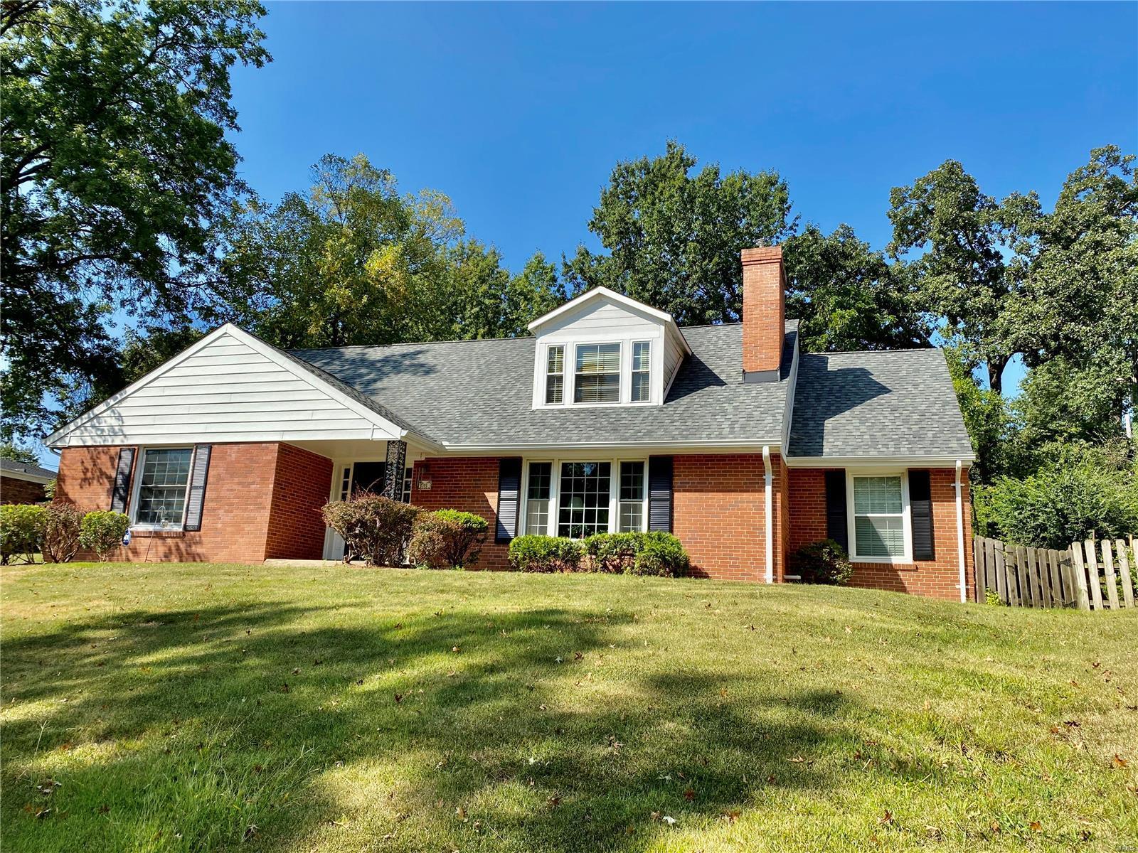 701 Oakbrook Property Photo - University City, MO real estate listing