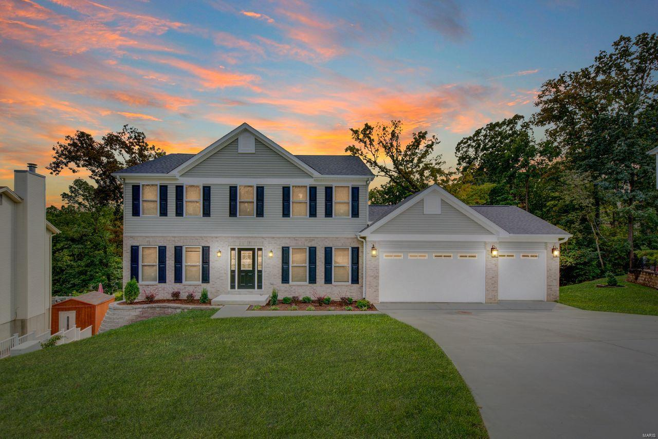5947 SUMMERHEDGE Place Property Photo - St Louis, MO real estate listing