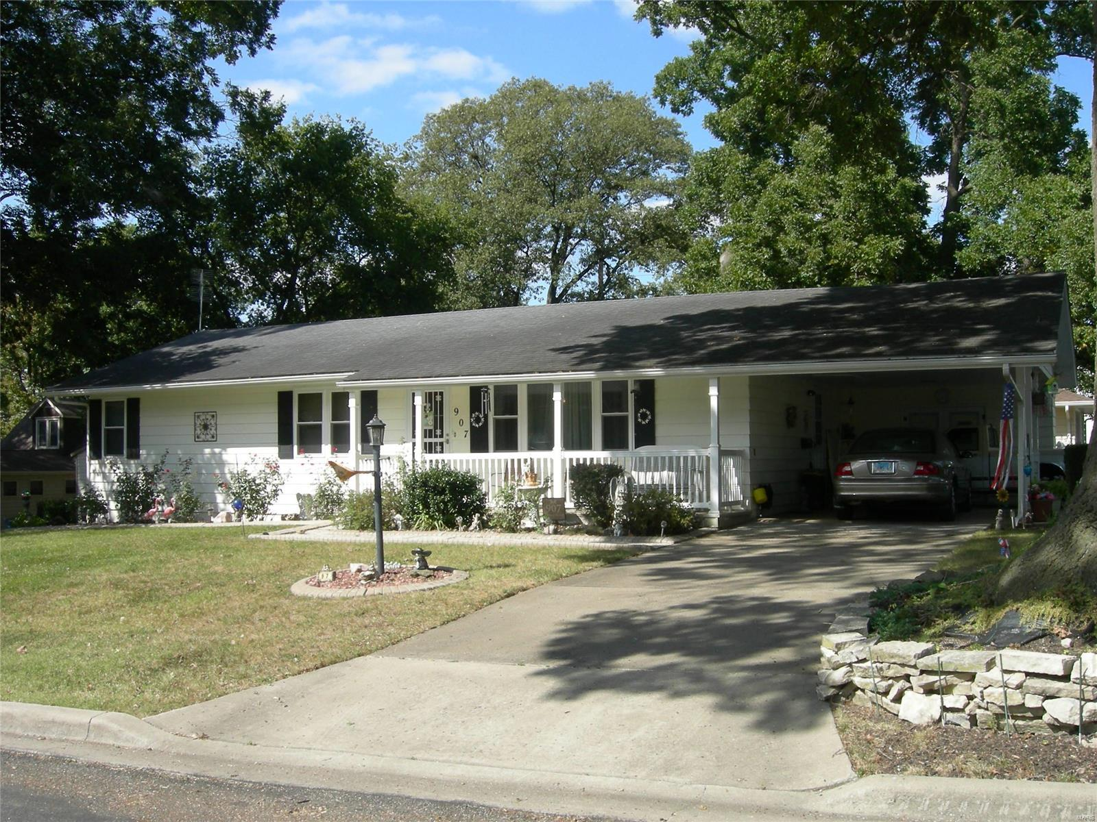 907 Sping Street Property Photo - Evansville, IL real estate listing