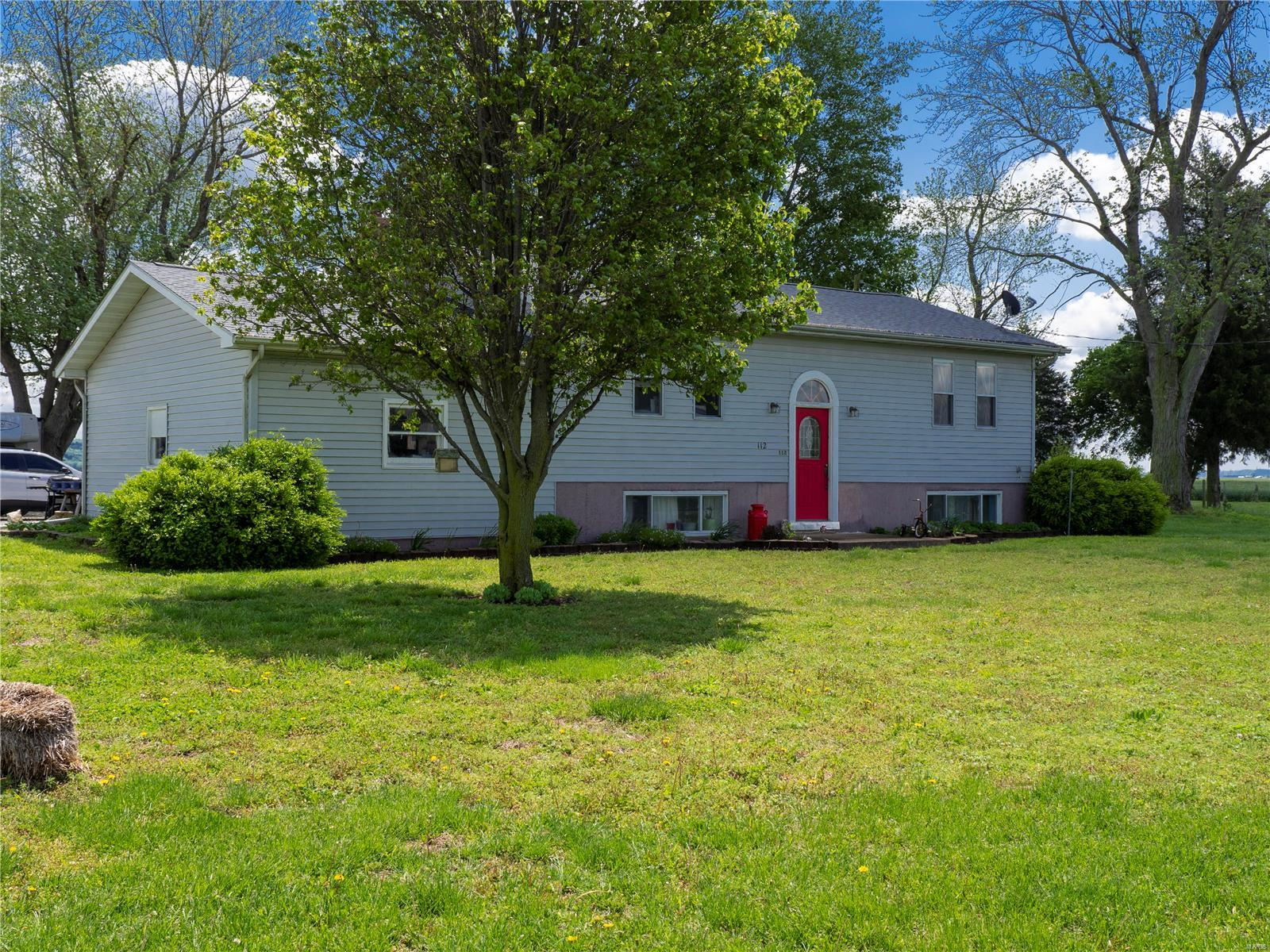 112 State Route 156 Property Photo - Valmeyer, IL real estate listing