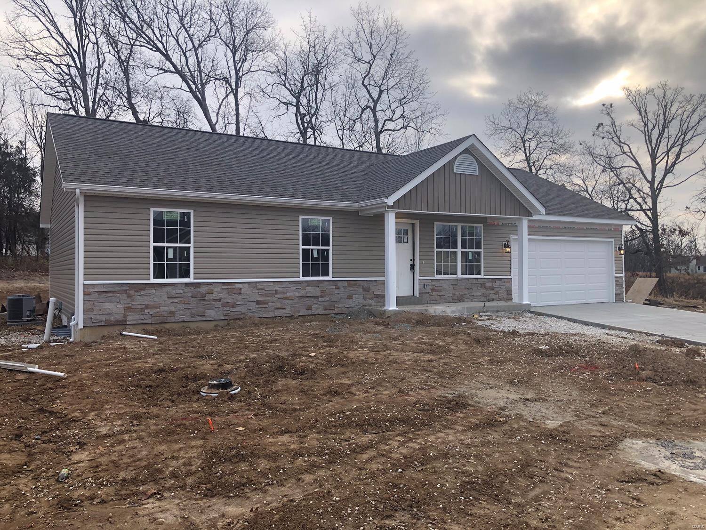 250 Village Circle Drive Property Photo - Winfield, MO real estate listing