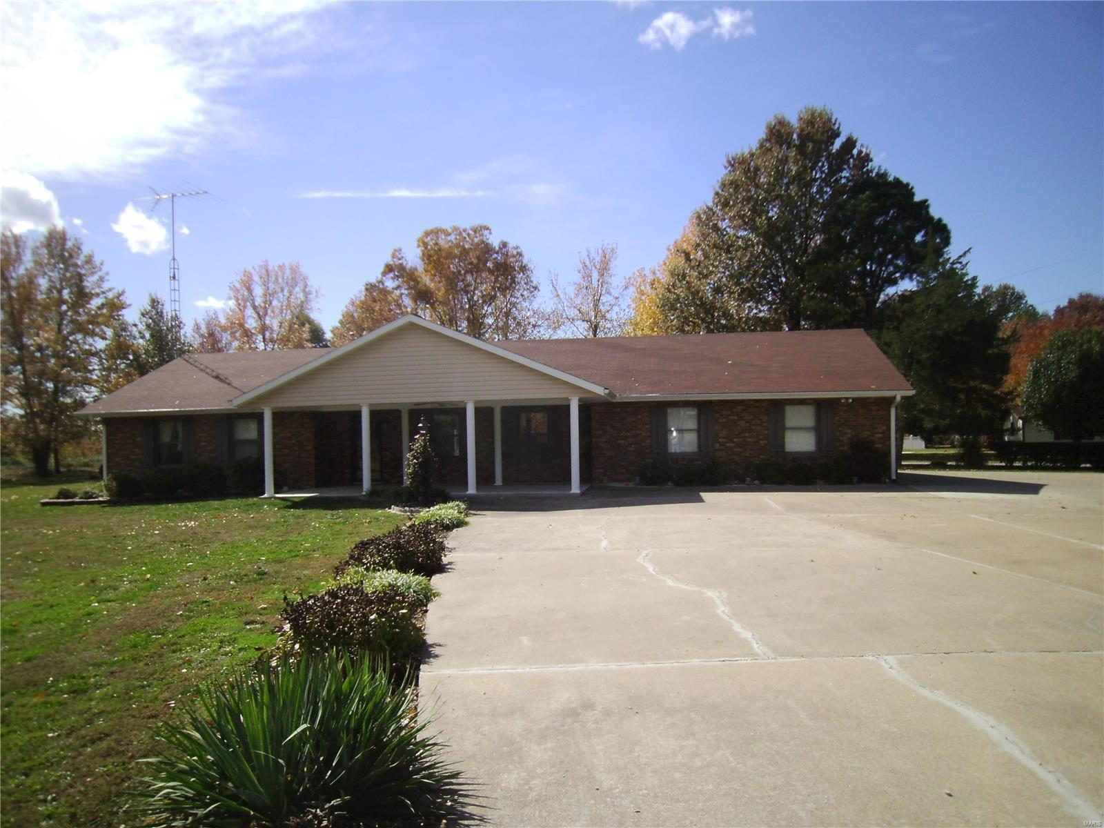 1283 STATE ROUTE 4 Property Photo - Percy, IL real estate listing