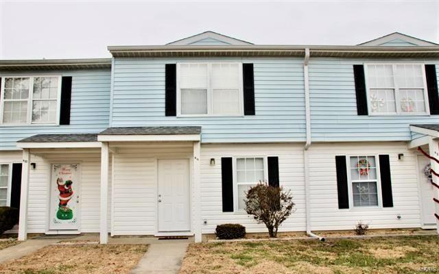 612 E Campus Drive #B-9 Property Photo - Carbondale, IL real estate listing