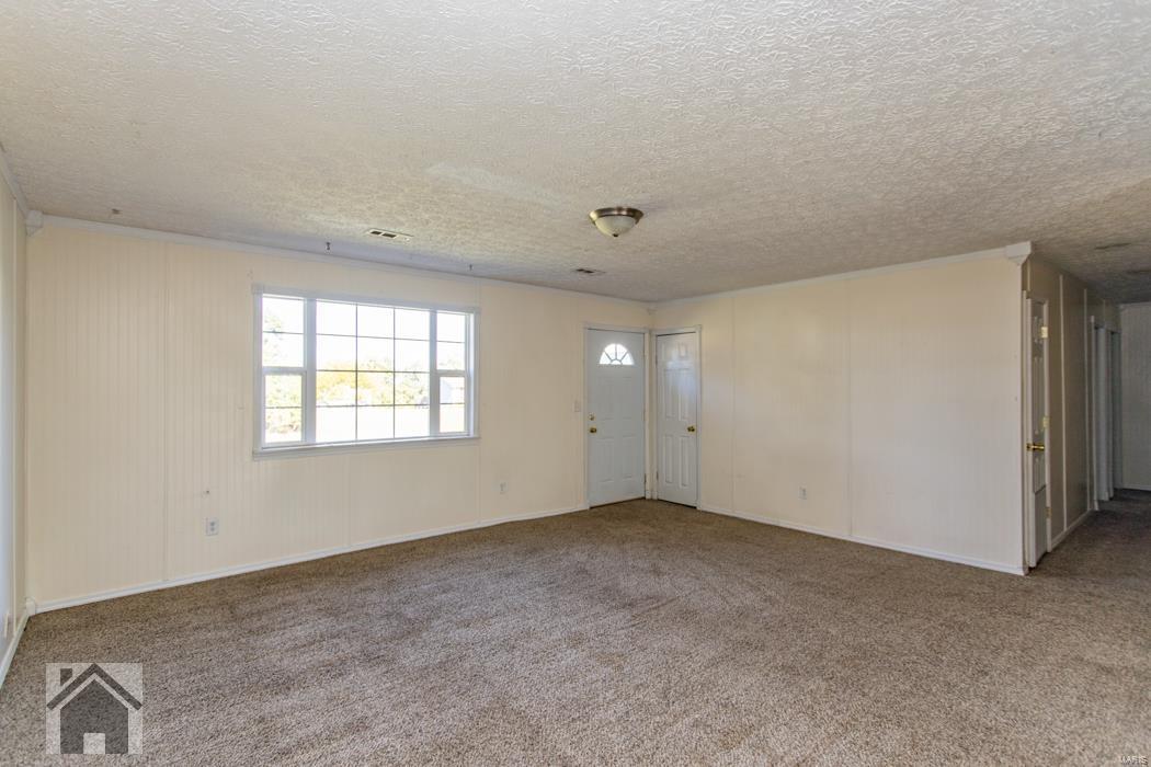 15140 Tampa Road Property Photo - St Robert, MO real estate listing