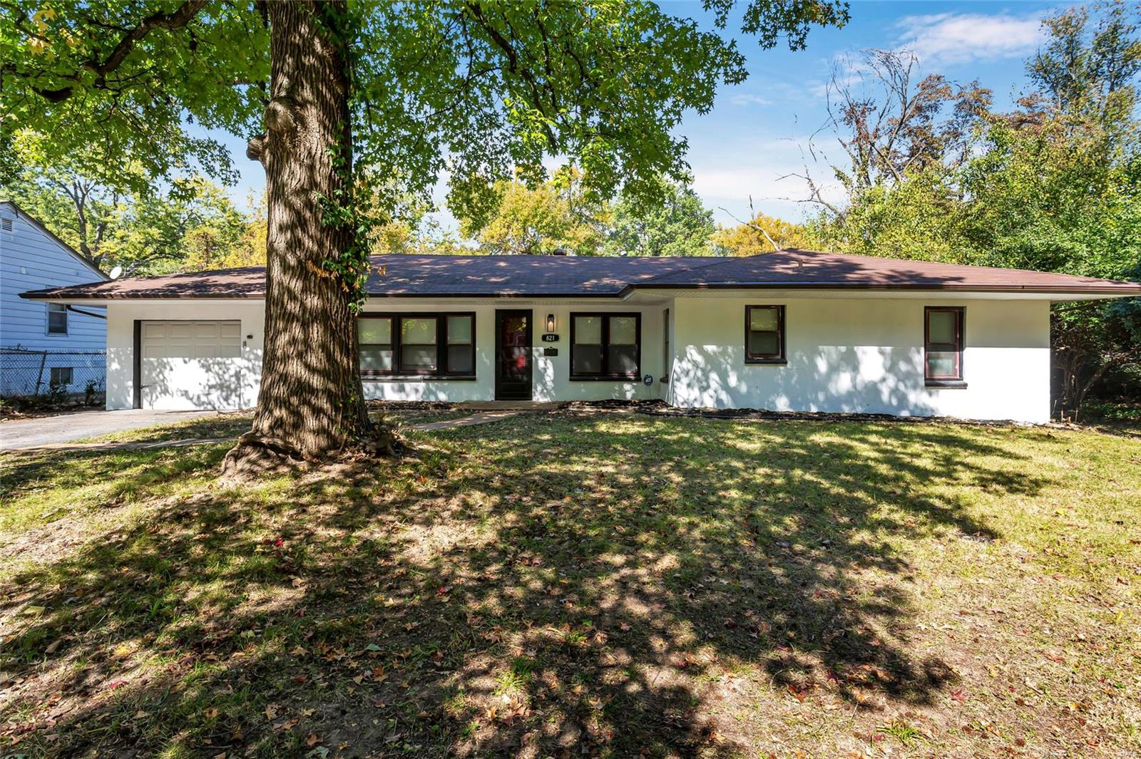 821 Robert Avenue Property Photo - St Louis, MO real estate listing