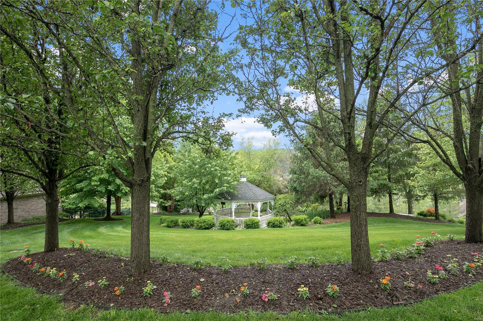 272 Merlot Lane Property Photo - St Albans, MO real estate listing