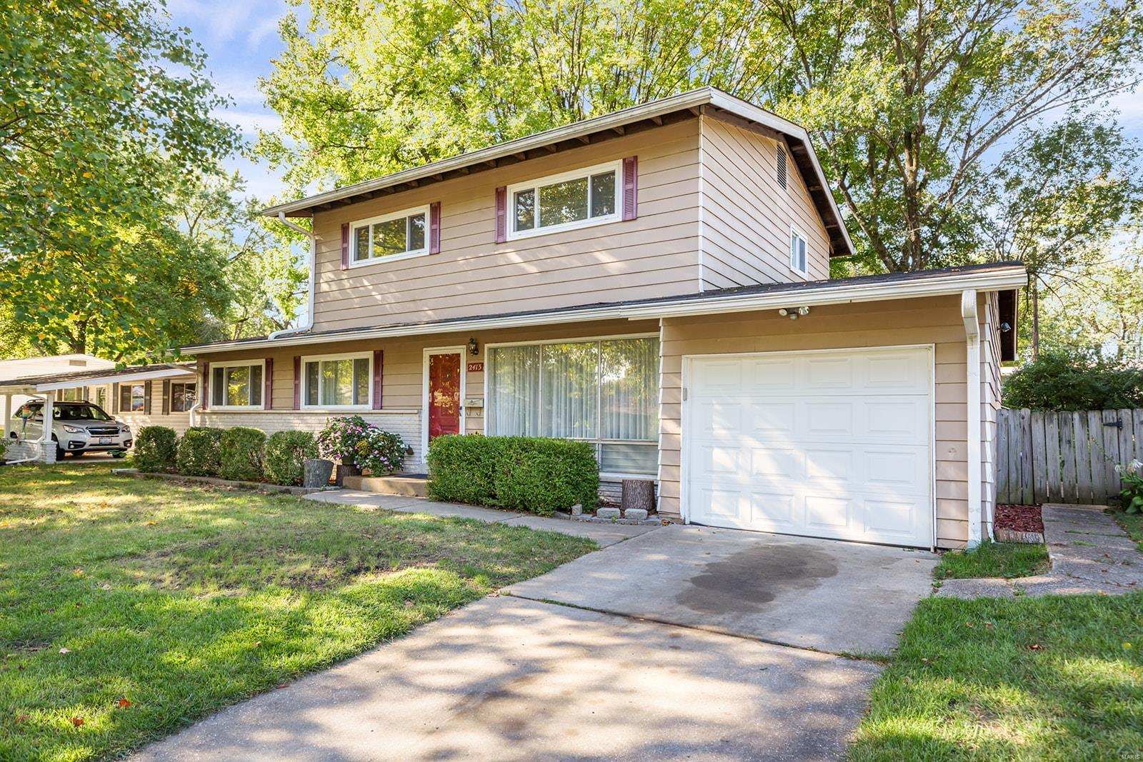 2413 W Adams Street W Property Photo - St Charles, MO real estate listing