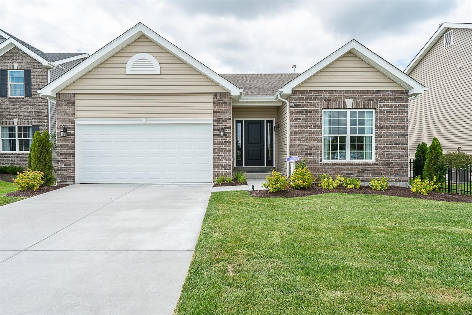 1 Aspen @ Arbors at Stonegate Drive Property Photo - Affton, MO real estate listing