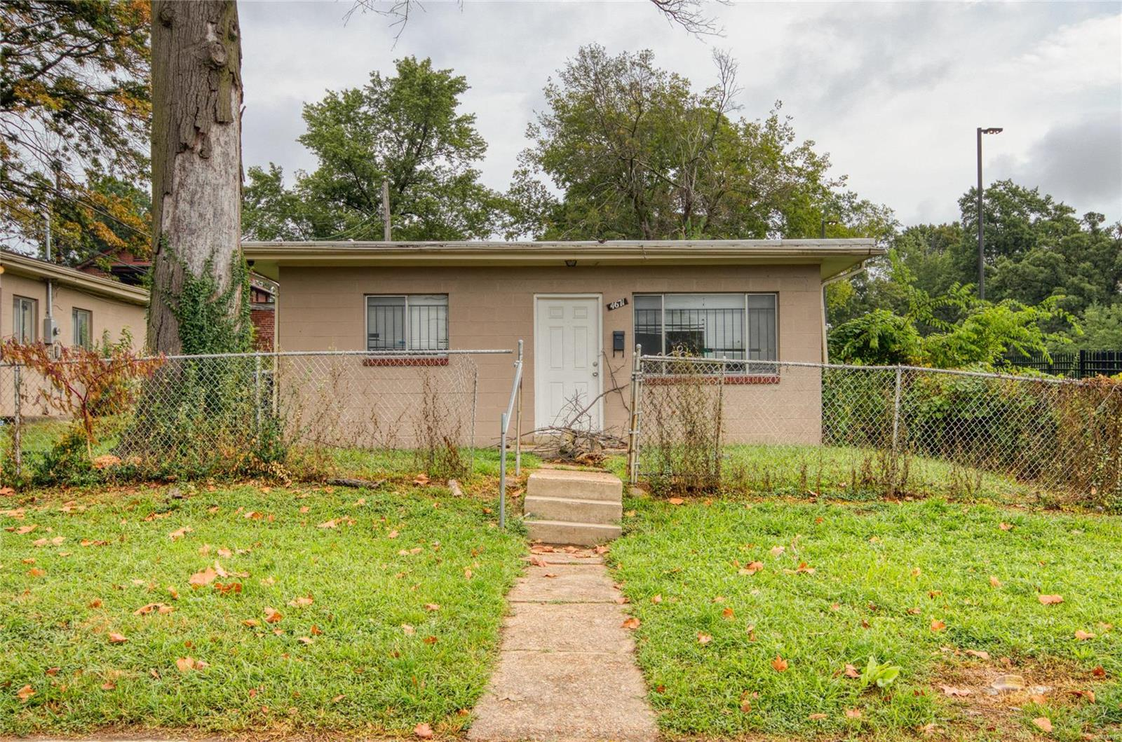 4671 Rosalie Street Property Photo - St Louis, MO real estate listing