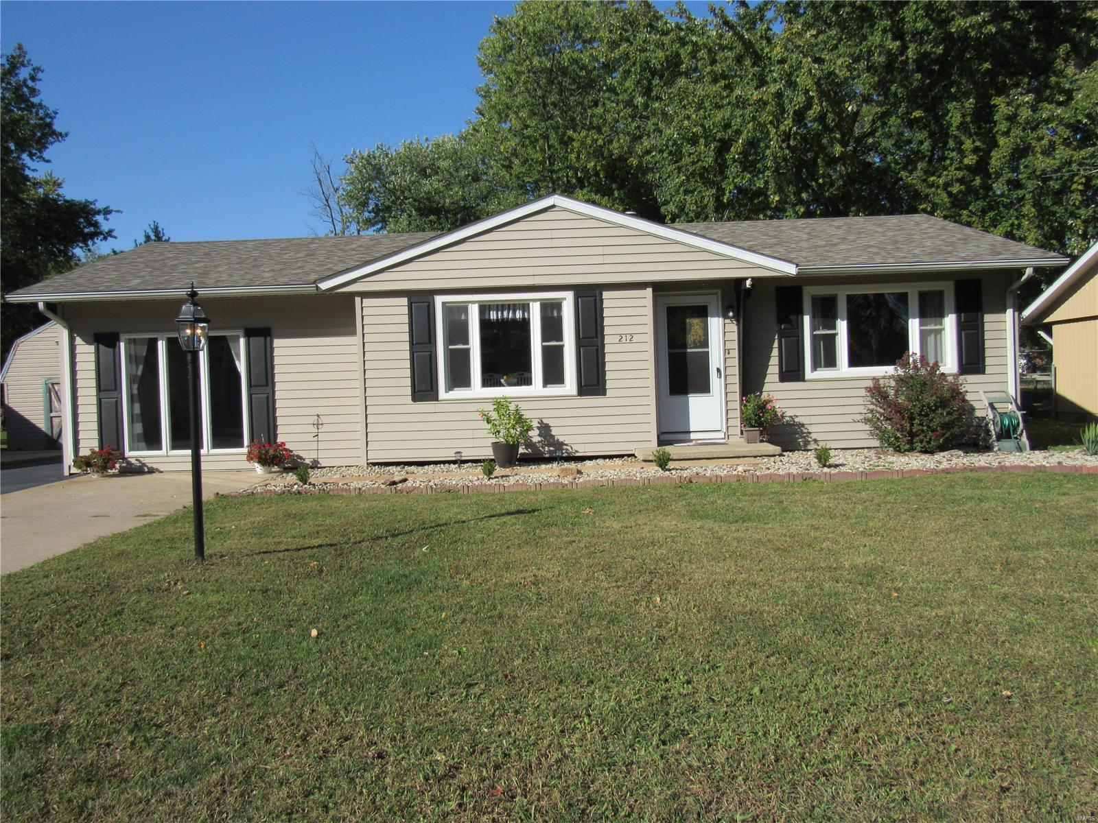 212 George St Property Photo - Brighton, IL real estate listing