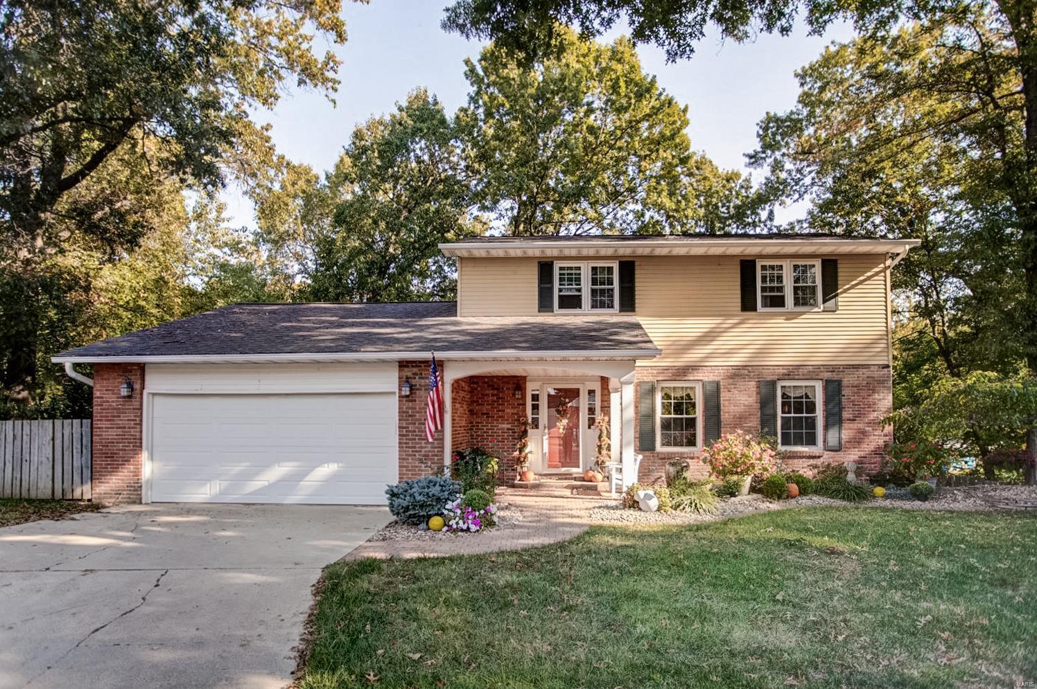 125 Birch Street Property Photo - Bethalto, IL real estate listing
