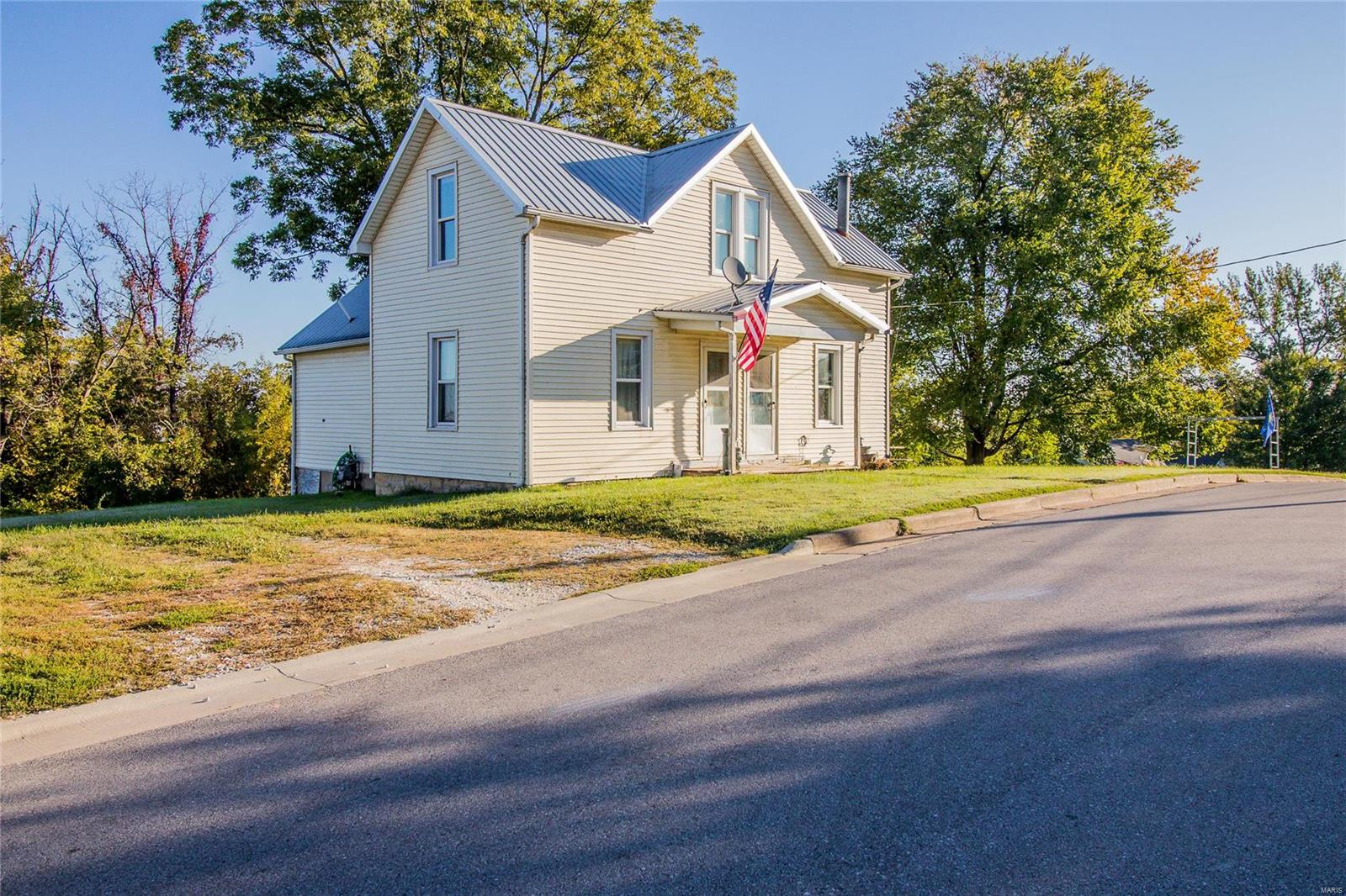 115 Mary Hammack Street Property Photo - New Haven, MO real estate listing