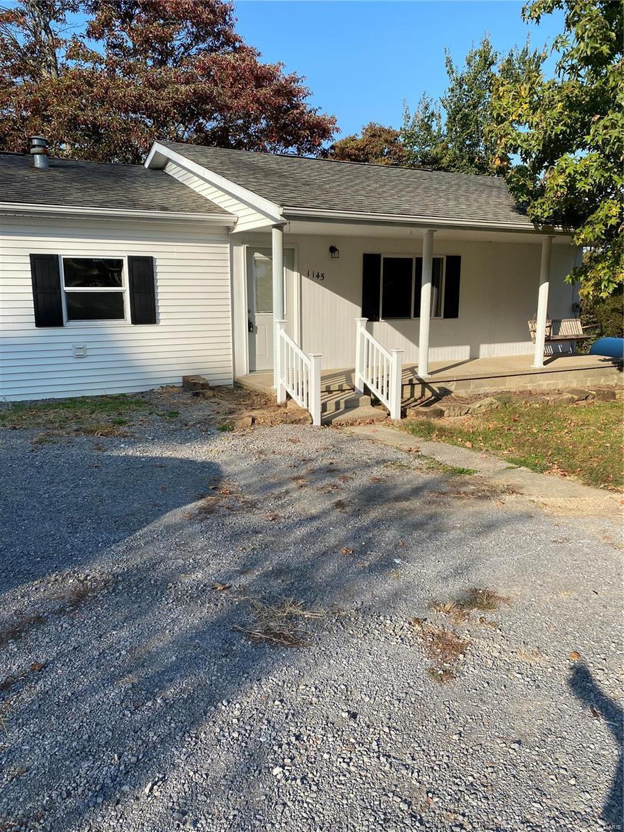 1145 Sullivan Rd Property Photo - Goreville, IL real estate listing