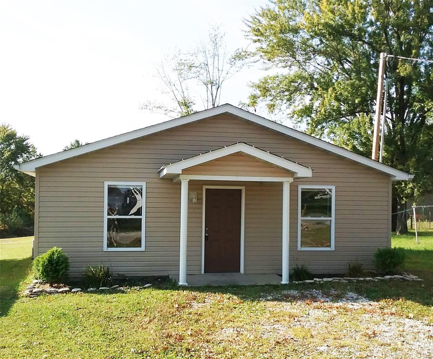 250 College Circle Property Photo - Eolia, MO real estate listing