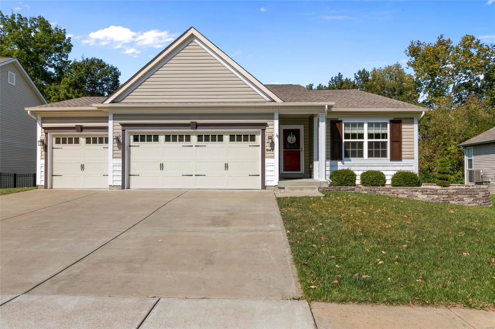 949 Summit Oaks Property Photo - Eureka, MO real estate listing