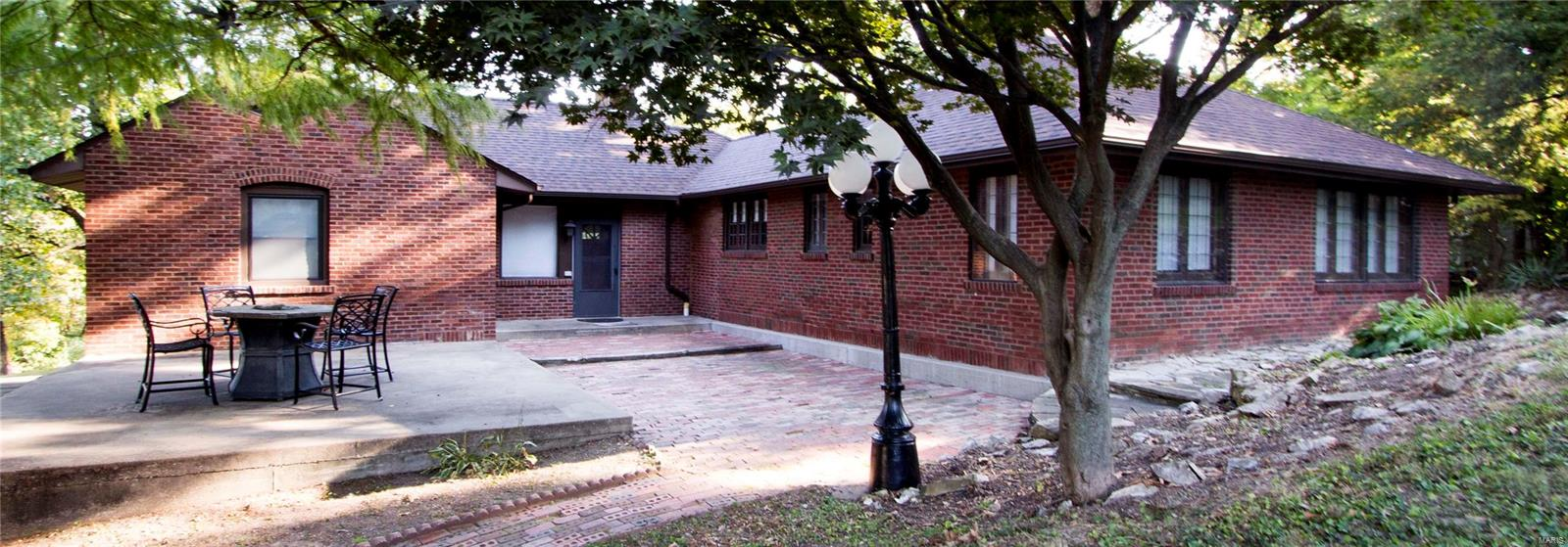 2 Lansing Avenue Property Photo - Maryland Heights, MO real estate listing