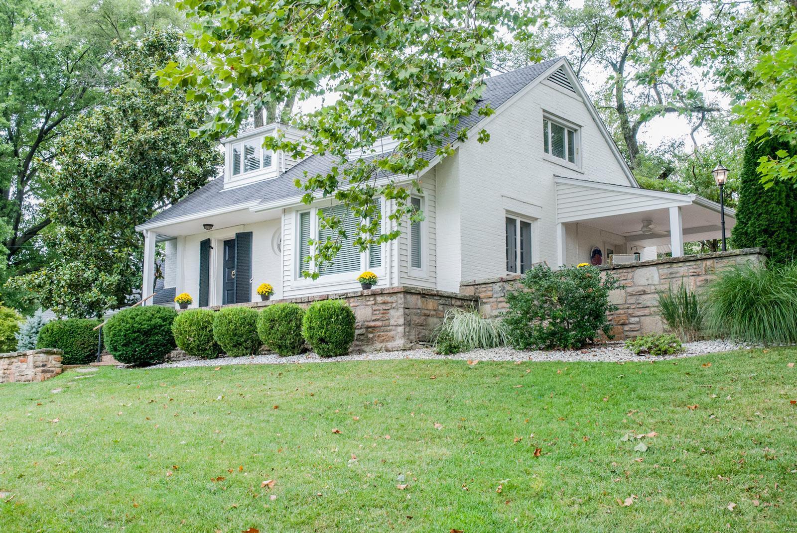 1 Westridge Court Property Photo - University City, MO real estate listing