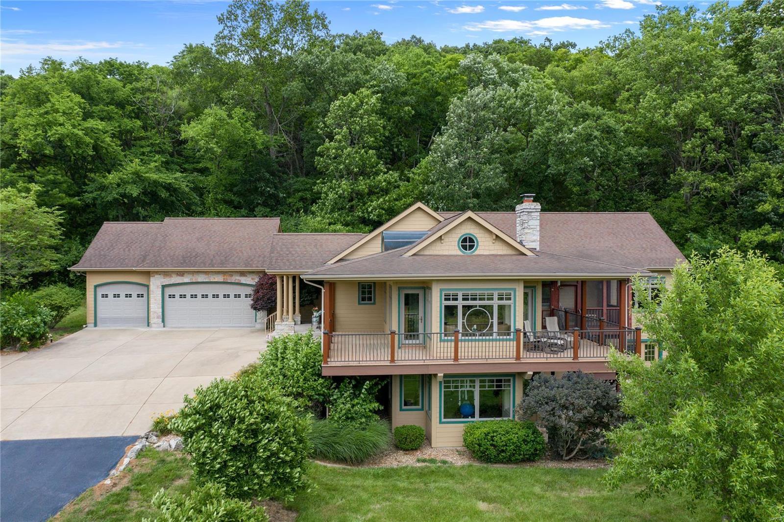 63055 Real Estate Listings Main Image