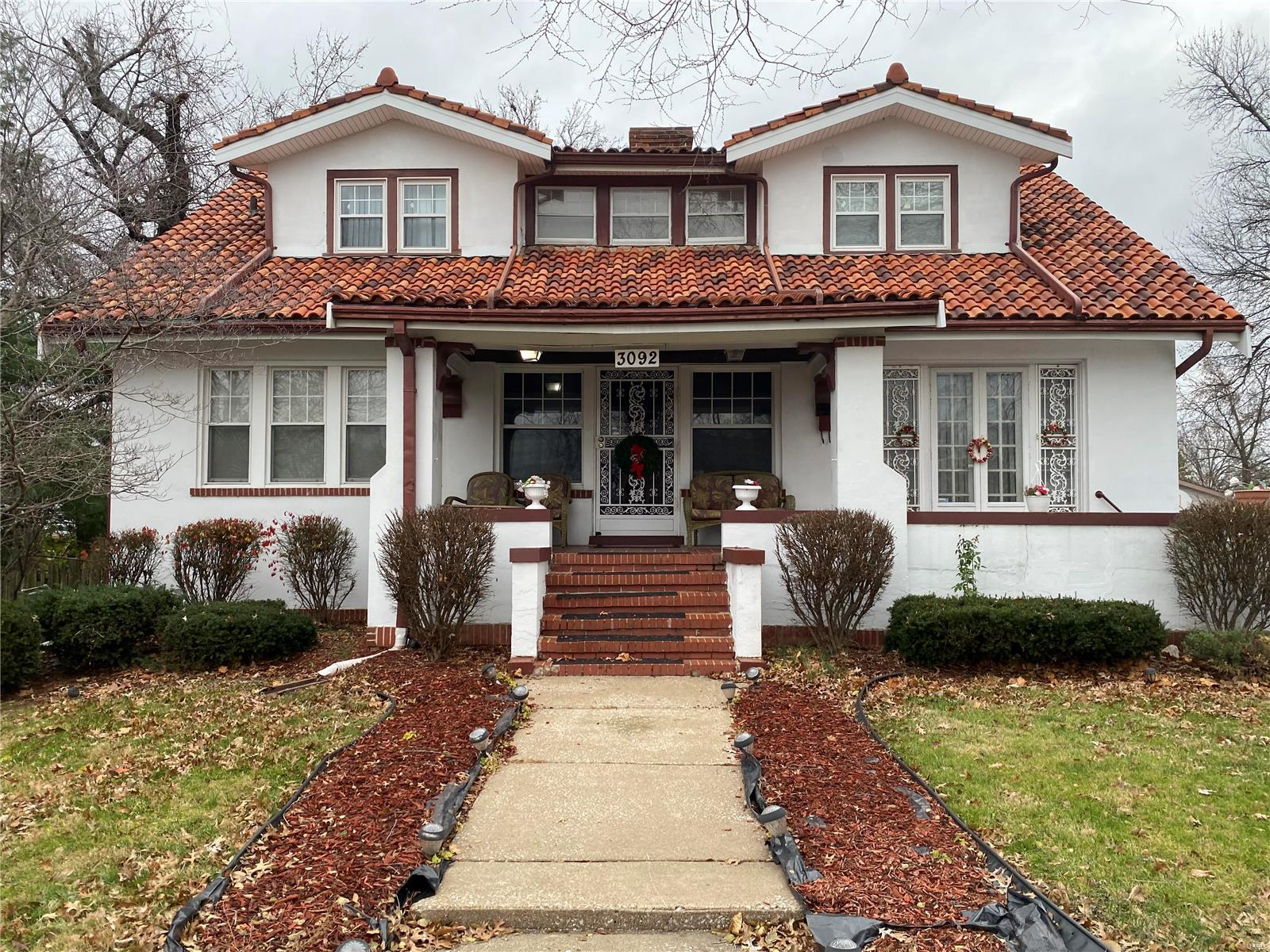 3092 Bellerive Property Photo - St Louis, MO real estate listing