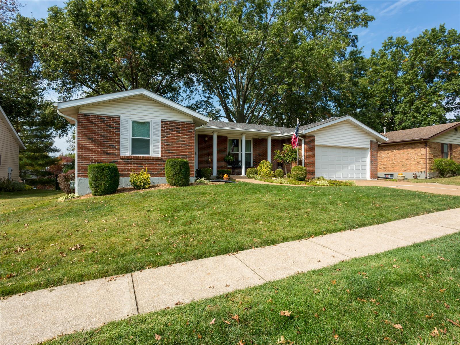 7053 Bumble Bee Property Photo - St Louis, MO real estate listing