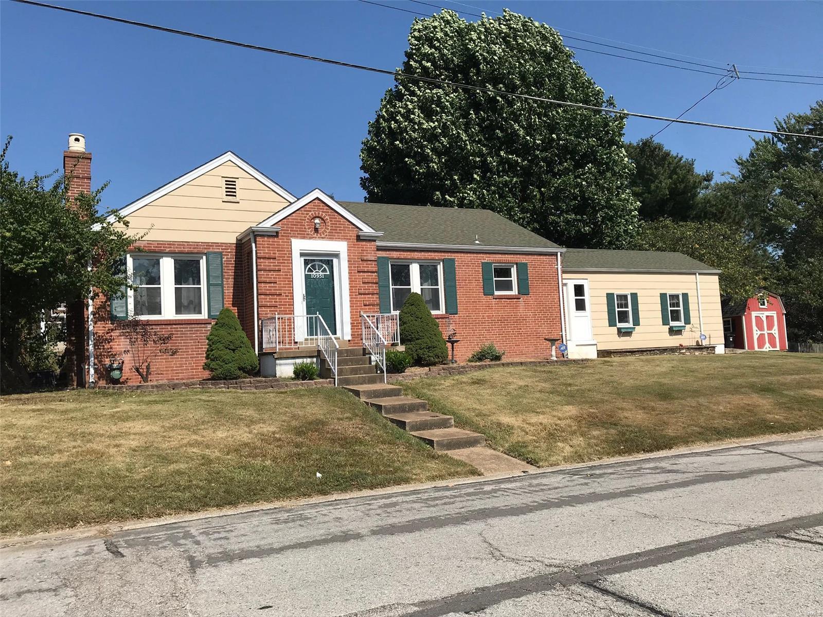 10951 Cosmos Property Photo - Affton, MO real estate listing