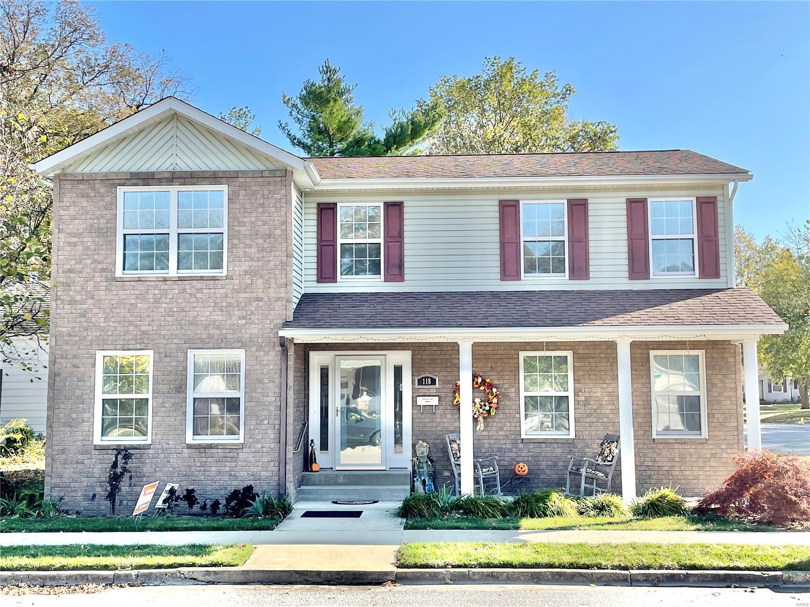 118 S Main Property Photo - Trenton, IL real estate listing