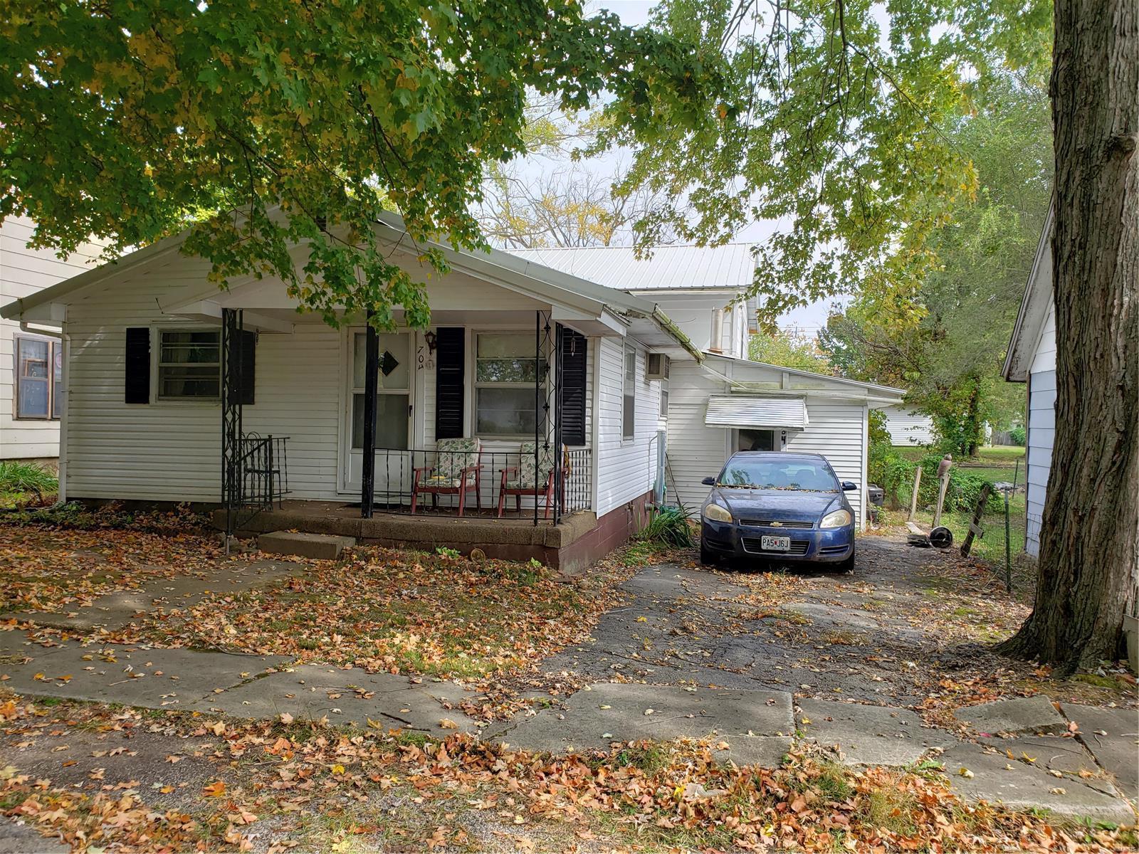 704 Spruce Street Property Photo - Bismarck, MO real estate listing