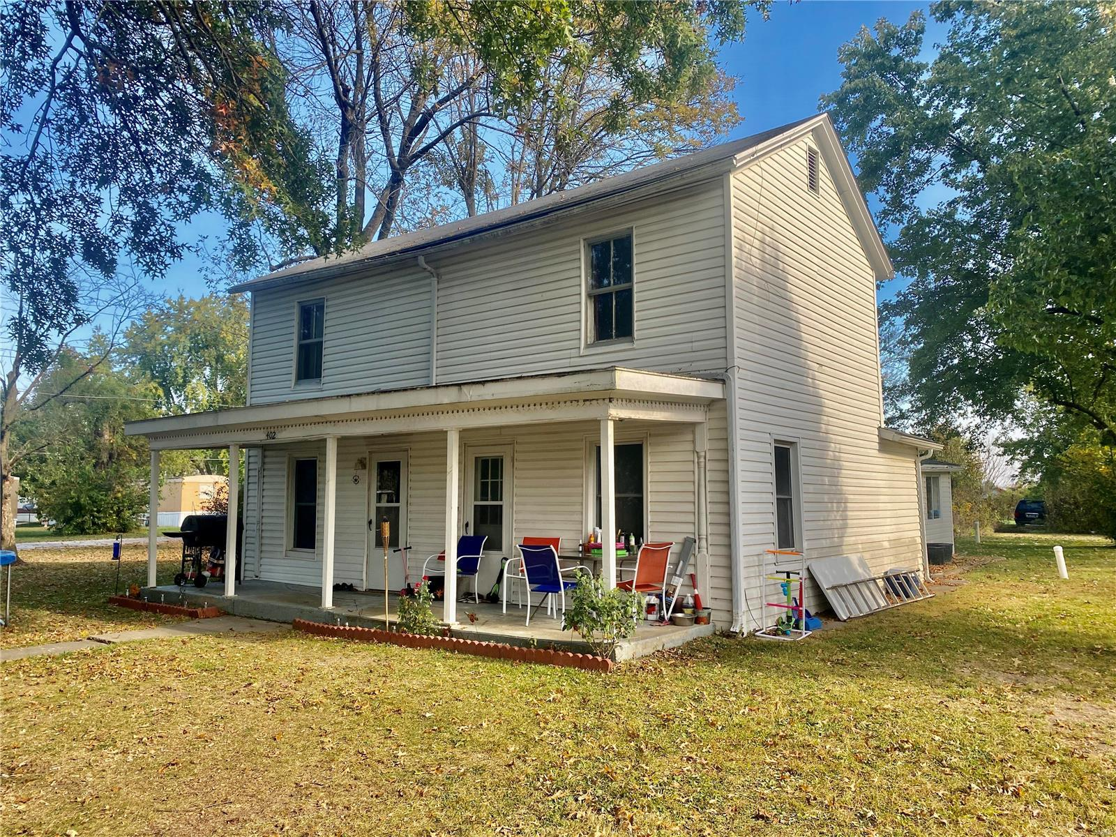 402 E Milton Street Property Photo - New Florence, MO real estate listing